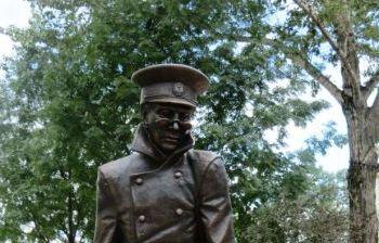По мотивам произведений А.П. Чехова Человек в футляре г. Южно-Сахалинск